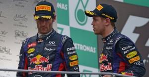 Sul podio della Malesia Vettel cerca di spiegarsi con un arrabbiato Webber.