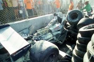 La Ensign di Regazzoni dopo l'incidente al GP di Long Beach del 1980.