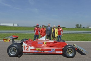 Nella foto di Ercole Colombo, da sinistra: Fernando Alonso, Jacques Villeneuve, Stefano Domenicali, Giulio Borsari, Felipe Massa.