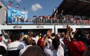 Il podio tutto Honda di gara 1, vinta da Gabriele Tarquini.