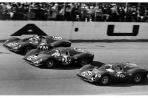 Daytona-24-ore-1967-Ferrari-330-P3-e-P4