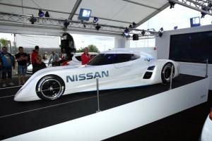 La Nissan presentata a Le Mans.