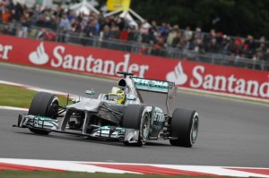 Nico Rosberg (Mercedes) ha conquistato a Silverstone la seconda vittoria stagionale.