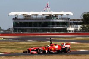 Ai test di Silverstone, la Ferrari è presente con il giovane tester Davide Rigon e, per mezza giornata, con Felipe Massa.