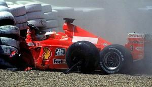 Michael Schumacher qualche secondo dopo l'impatto contro le protezioni.