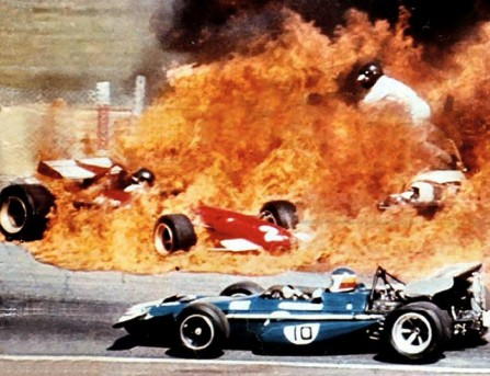 Jacky-Ickx_incidente-Jarama1970