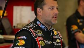 1389292830000-USP-NASCAR-Samuel-Deeds-400-Practice