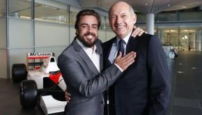 Fernando Alonso e Ron Dennis.