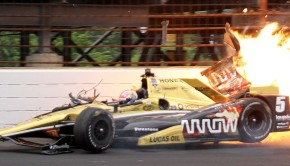 635675603470612836-1-Hinchcliffe-crash