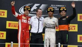Il podio del GP di Russia 2015: da sinistra, Sebastian Vettel, Lewis Hamilton, Sergio Perez