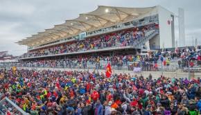 GP degli Usa 2015 la folla degli spettatori sul rettilineo principale