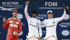 Formel 1 - Mercedes-AMG Petronas Motorsport, Großer Preis von China 2017. Lewis Hamilton, Valtteri Bottas ;  Formula One - Mercedes-AMG Petronas Motorsport, Chinese GP 2017. Lewis Hamilton, Valtteri Bottas;