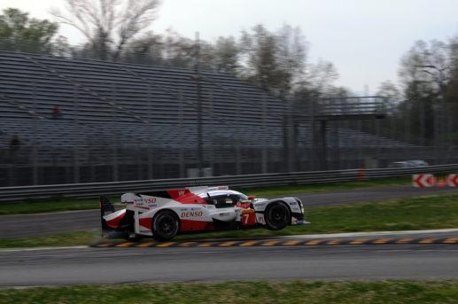 Sul veloce tracciato di Monza le Toyota TS050 Hydrid hanno letteralmente volato! (foto Marco Brida)