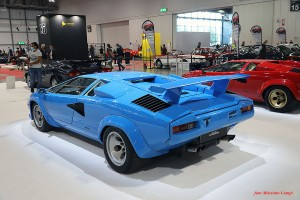 Lamborghini-Contach_phCampi2021_1200x_1034