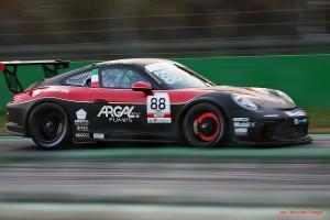 Porsche_11-2020_phCampi_1200x_1036